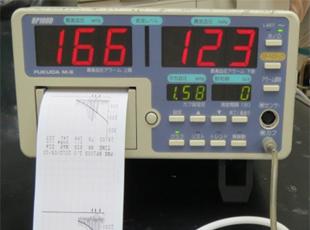 血圧計(オシロメトリック法 )